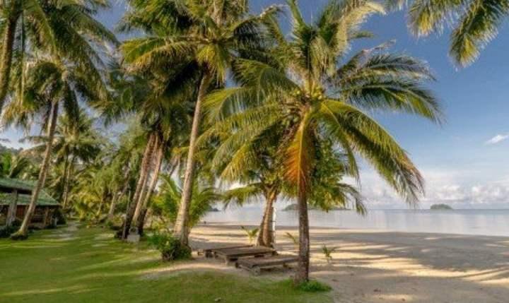 Пляж Кай Бэй красив