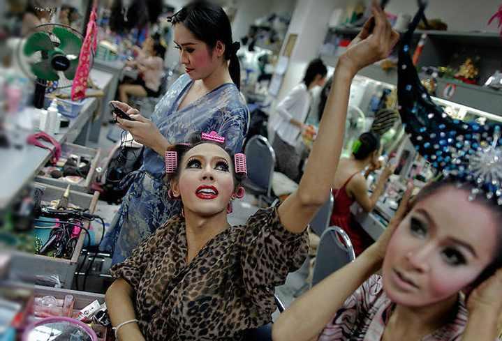 Огромное число трансов в Таиланде