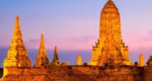 Для отпускников в Таиланде здешние турфирмы на выбор предлагают большое число экскурсионок